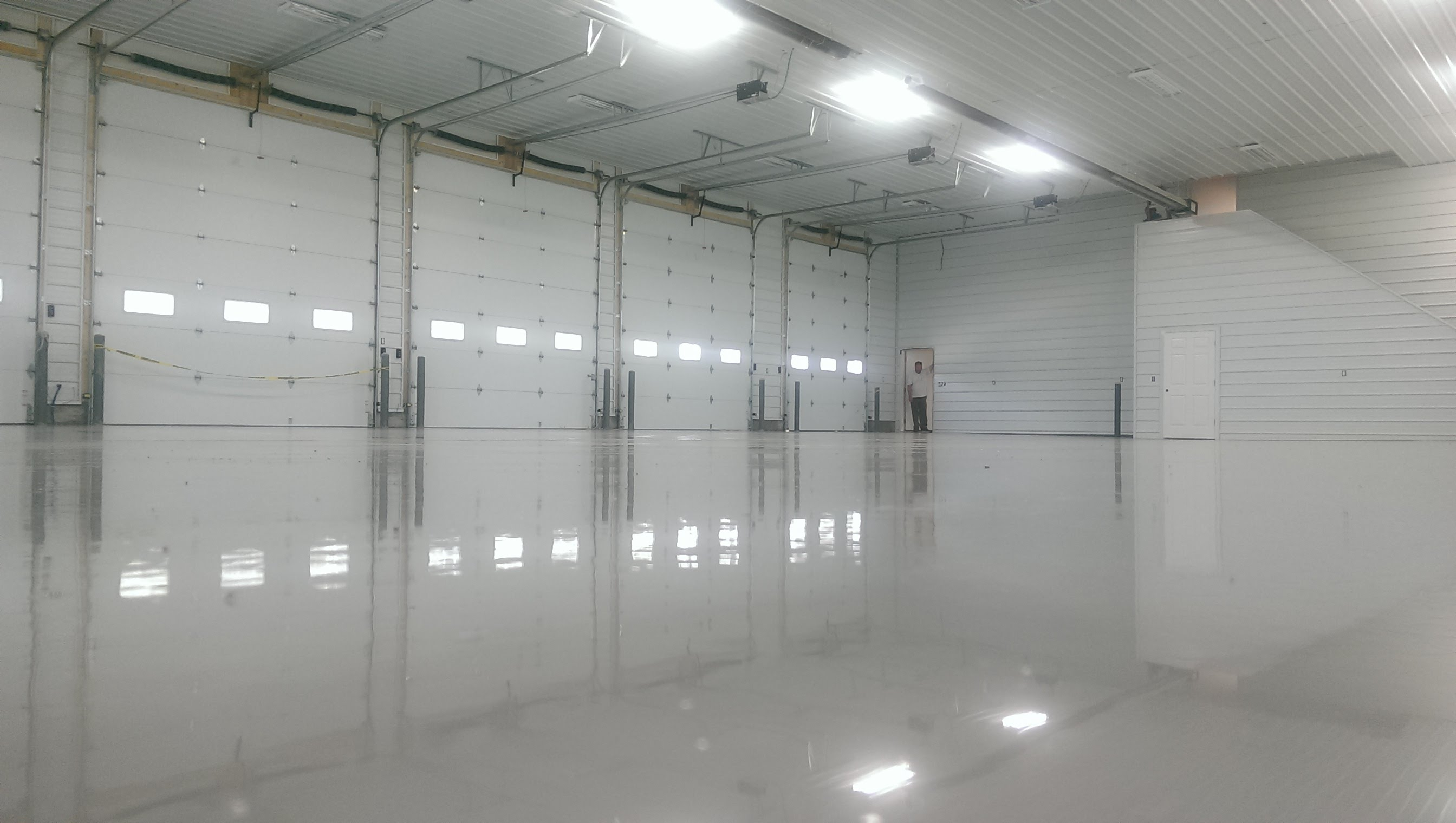 epoxy flooring - How To Epoxy Garage Floor